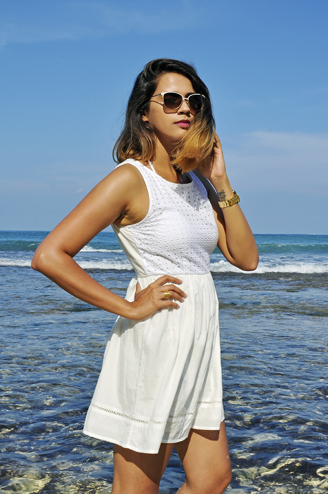 Nikkos Beach | Bali | Akanksha Redhu | half side arm on waist