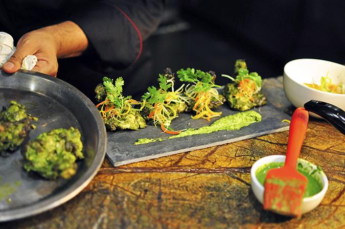 JW Marriott |Chef Vivek Bhatt | Akanksha Redhu | murg finished plating