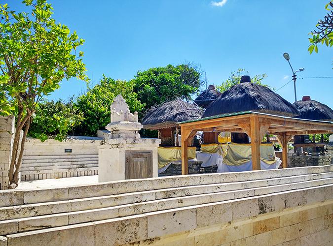 Uluwatu Temple | Bali | Akanksha Redhu | temple area 2 wide phone