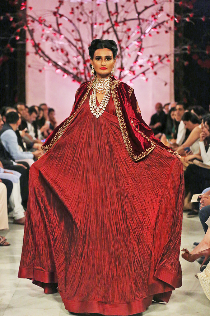 India Couture Week 2016 | Akanksha Redhu | Rohit Bal2