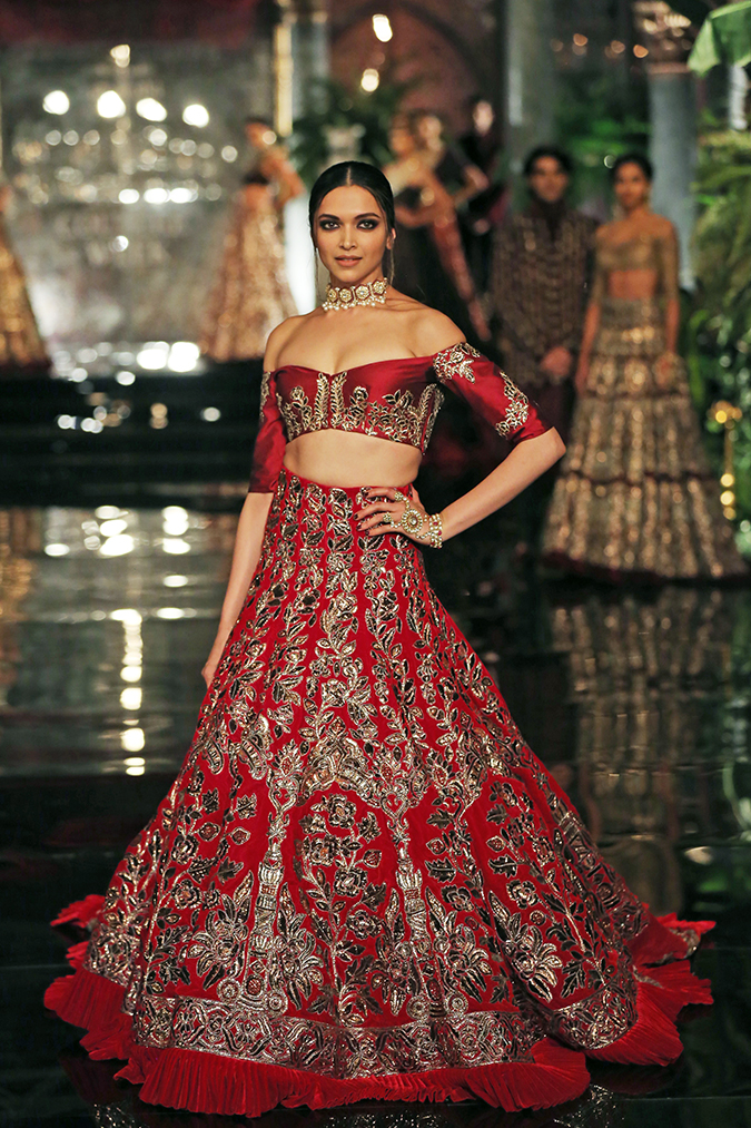 India Couture Week 2016 | Akanksha Redhu | Manish Deepika