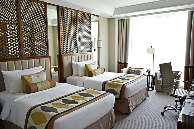Taj Dubai | #EmiratesHolidays | Akanksha Redhu | beds window