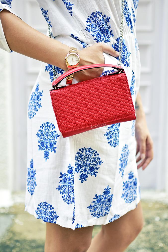 Amazon India   Akanksha Redhu   side bag watch hand in pocket