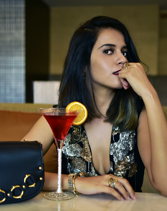Reinvent Obsession | HP | Akanksha Redhu | sitting with drink