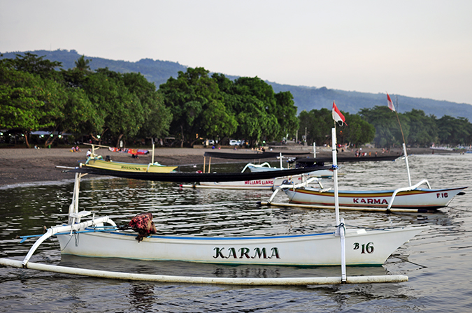 Lovina Beach | Bali | Akanksha Redhu | karma boat wide