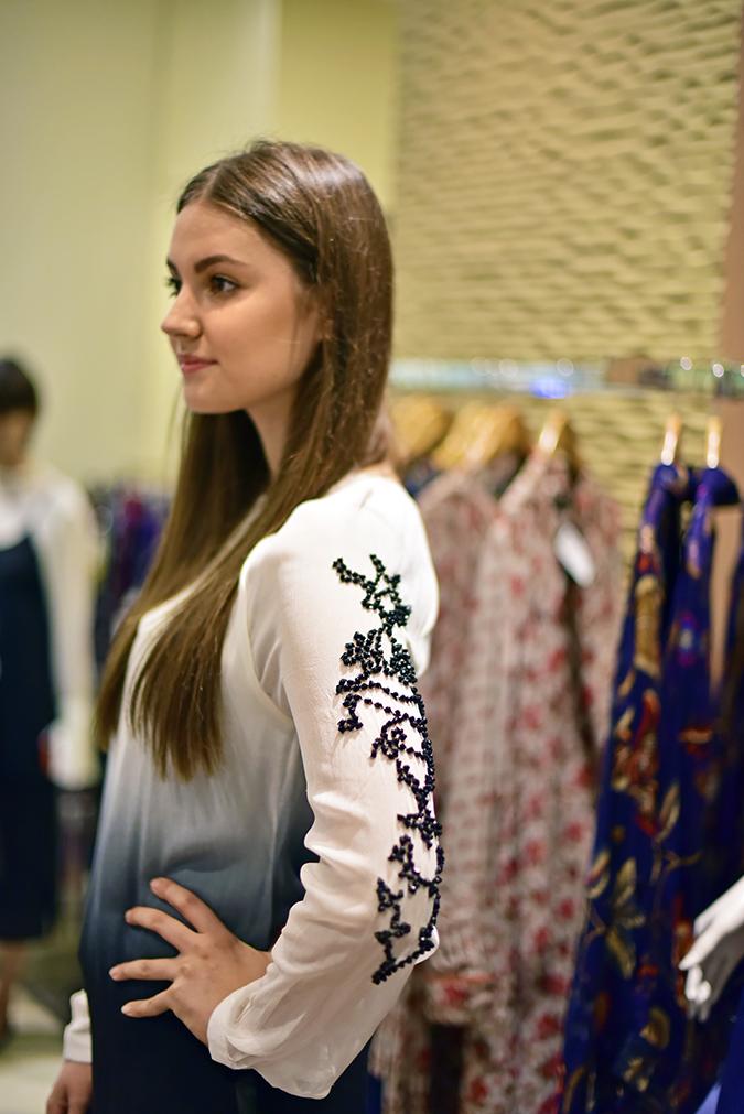 Wills Lifestyle AW16 | Akanksha Redhu | model with embellished sleeves