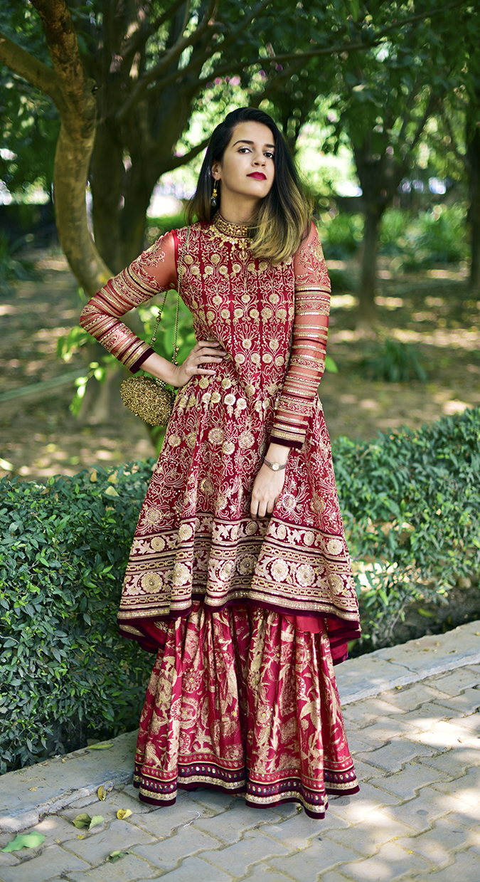 Tarun Tahiliani | Akanksha Redhu | full front long one arm on waist