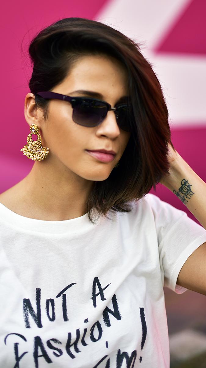 #AIFWSS17 | Akanksha Redhu | face earrings hair one side