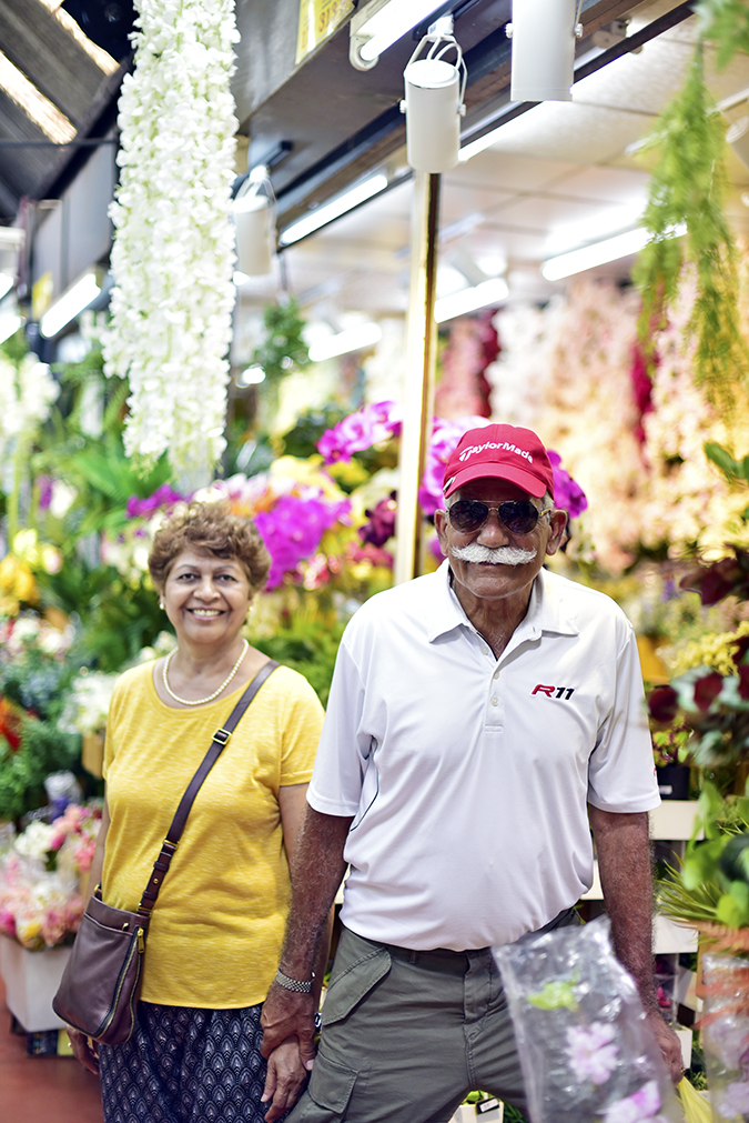 Chatuchak Weekend Market Bangkok | Akanksha Redhu | folks flower section