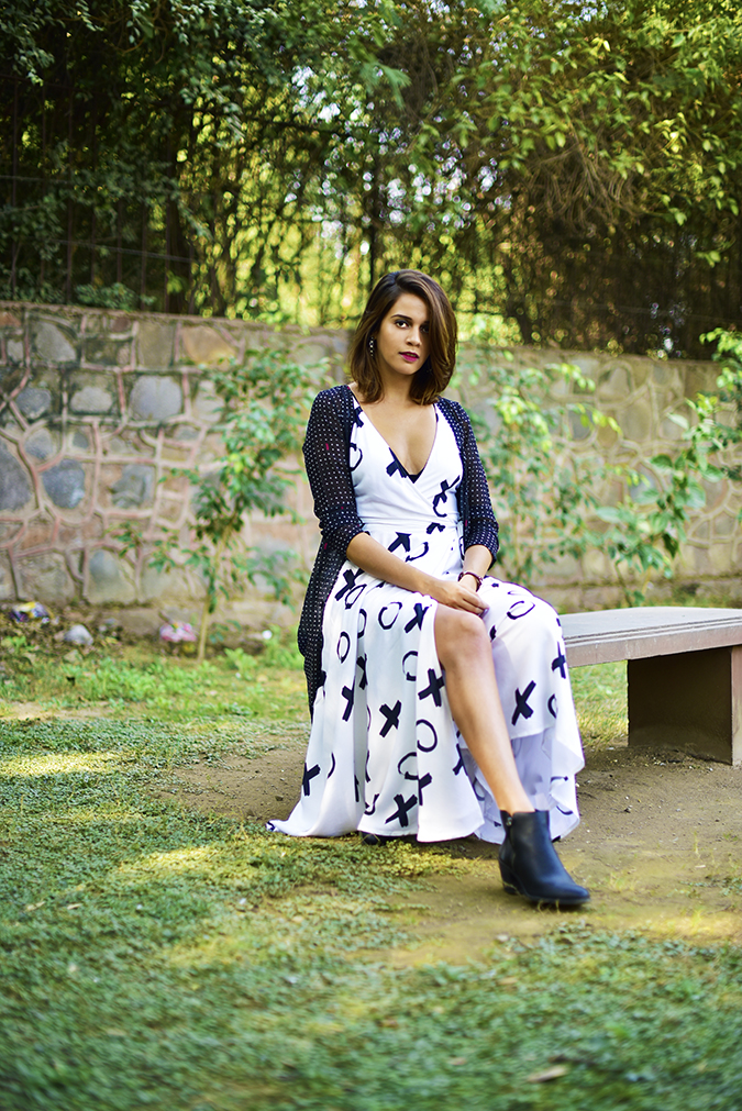 FabAlley x Masaba | Akanksha Redhu | sitting