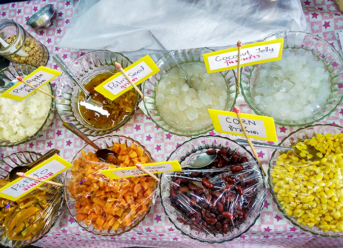 Chatuchak Weekend Market Bangkok | Akanksha Redhu | icecream satnd
