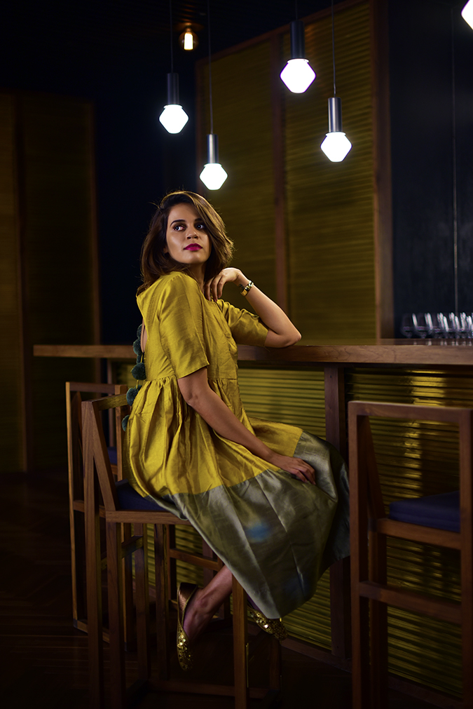 Golden Girl | Akanksha Redhu | sitting