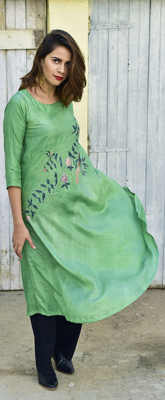 Bhusattva | Akanksha Redhu | full front long kurta flying one side