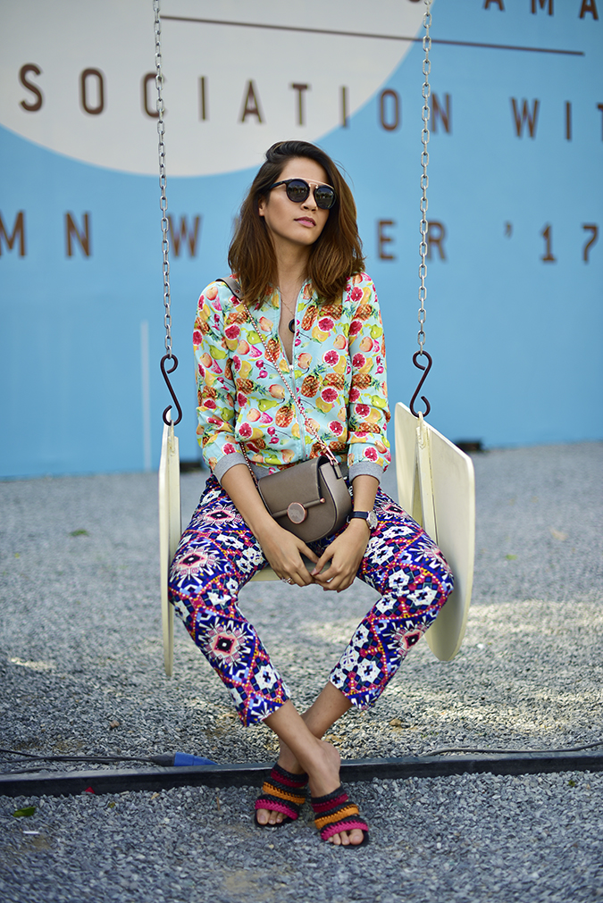 Amazon India Fashion Week | Akanksha Redhu | sitting swing