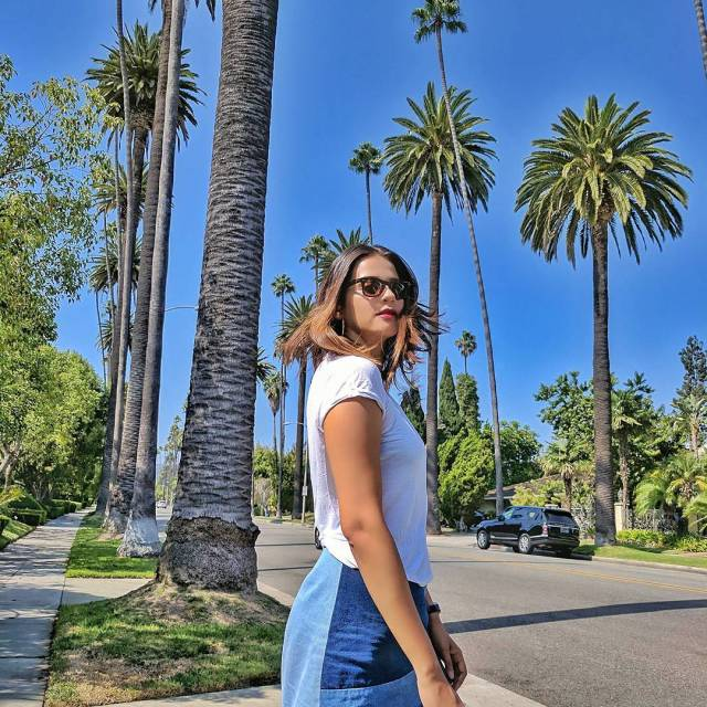 RedhuTravels  Beverly Hills Saturday in a basic white teehellip