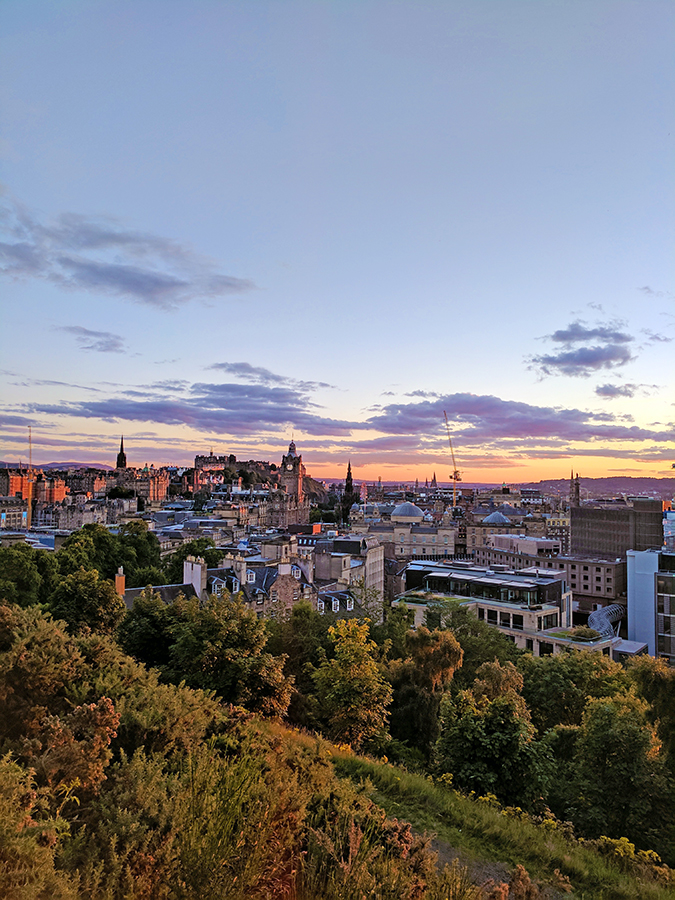 Edinburgh | Akanksha Redhu | sunset city view