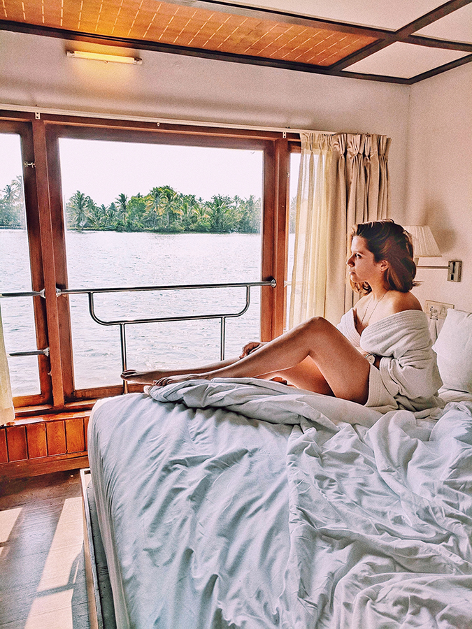 Kerala Backwaters | Vayalar | me on bed