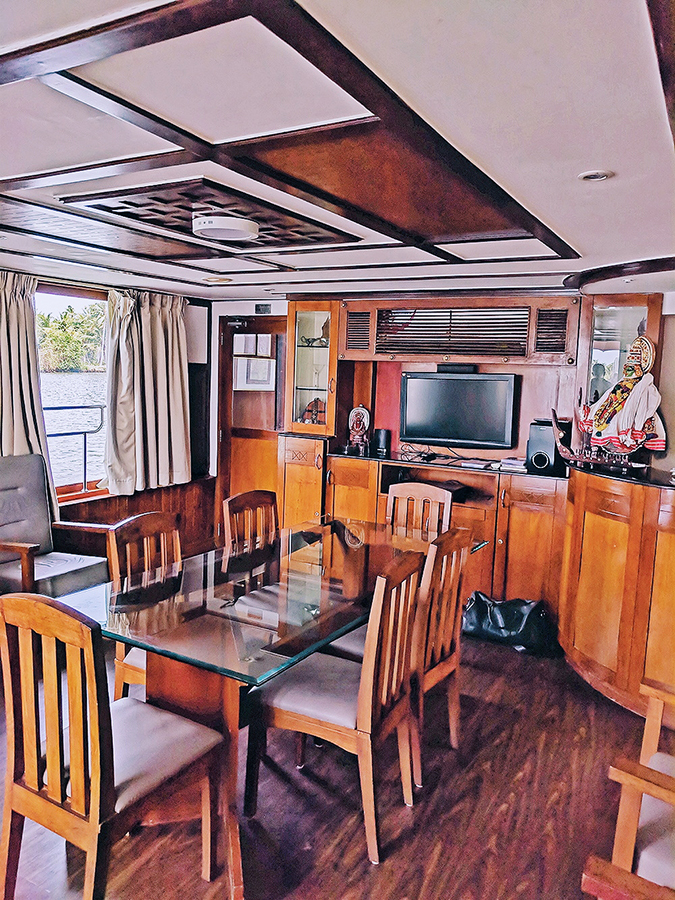 Kerala Backwaters | Vayalar | living area