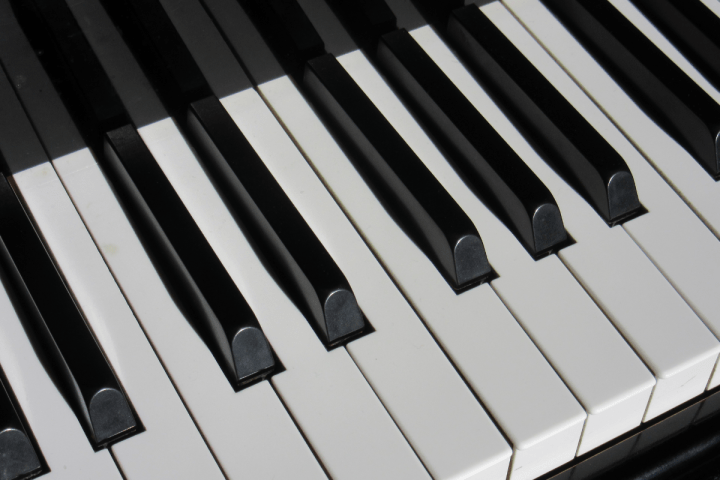 5 Benefits of Learning Piano as an Adult