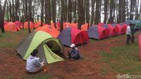 Taman ini juga dilengkapi dengan tenda camping (Jefris/detikTravel)