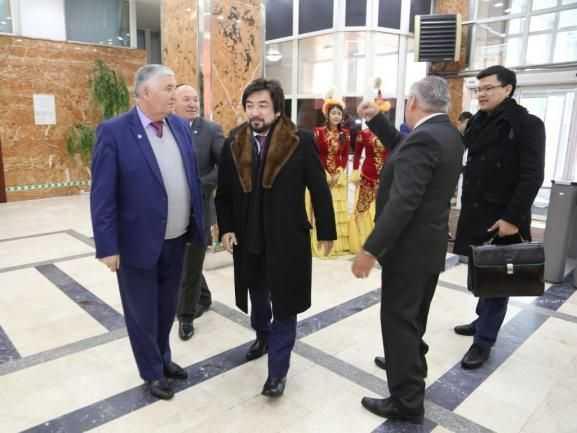 Как безнаказанно тянуть коррупционные миллионы из племянника Назарбаева