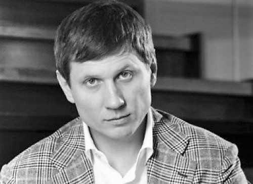 Сергей Шахов: за какие деньги «Роднюля» покупает голоса бабушек и подкармливает сепаратистов? Часть 1 • Skelet.Info