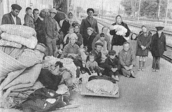Депортированных заставили жить в уличном туалете: как НКВД натравливал казахов на крымских татар