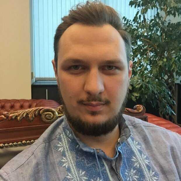Донецкий комбинатор Артем Гриненко сколотил многомиллионное состояние на украинских дорогах. Раскрыта историческая схема