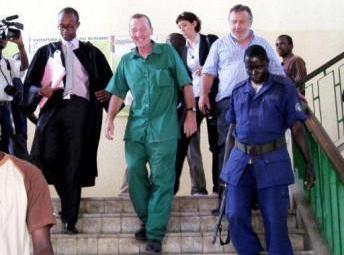Le français Patrice Faye arrivant à la cour d'appel de Bujumbura, capitale du Burundi, le 25 mai 2011. @ Photo Esdrass NDIKUMANA