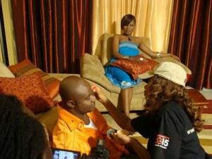 kidum sur le tournage du Clip de Nitafanya avec Jay Dee (au fond)