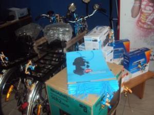 Prix lors du tombola organisé par SMBU et Leo fin 2011 (www.akeza.net)