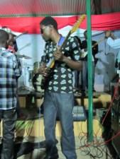 Vianey , membre du goupe Peace and Love (www.akeza.net)