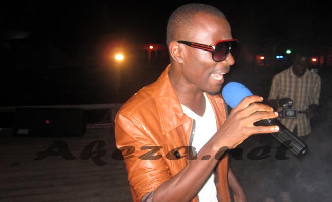 Emery Sun sur scène(www.akeza.net)