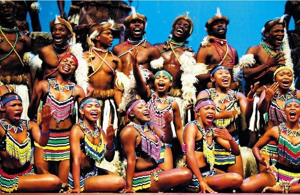 Une troupe de musique d'Afrique du Sud