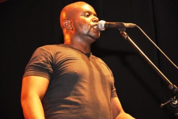 Kidum fête ses 40 ans et revient sur sa carrière (www.akeza.ne