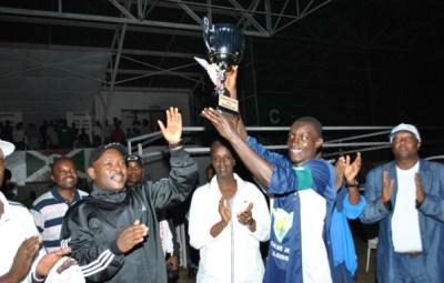 Alors que Lydia Ludic venait de remporter la coupe du président (www.akeza.net)