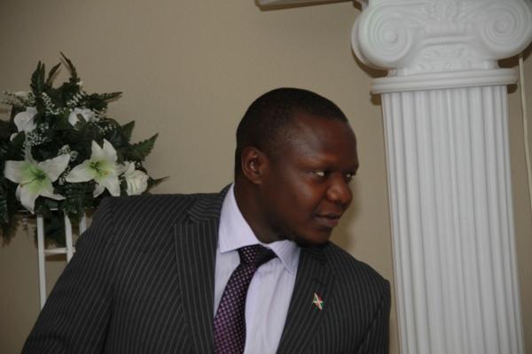 Pasteur Bagenzinikindi , PDG de GLM Inc. (www.akeza.net)