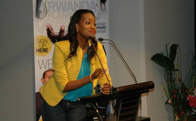 Cynthia MUNWANGARI nous parle de son voyage en Europe (www.akeza.net)