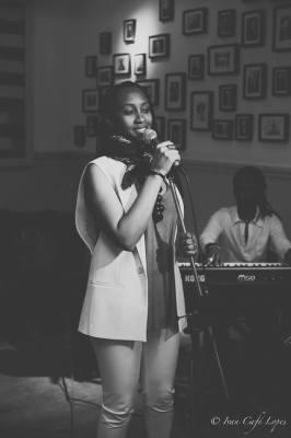 Rencontre avec Vanessa Ngoga : « N'ayez pas peur, suivez votre cœur… »(www.akeza.net)