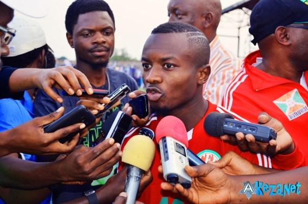 Saido Ntibazonkiza s'adressant aux journalistes après le match Burundi-Tanzanie.©Akeza.net