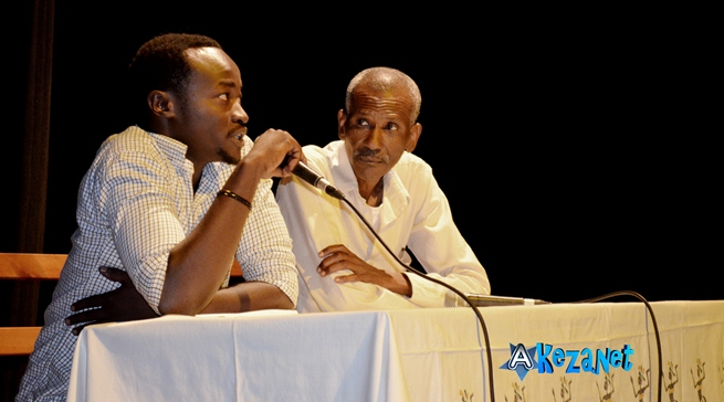 Gauche :Evrard Benjamin NDIKUMANA. Droite : Capitaine Madimba (www.akeza.net)