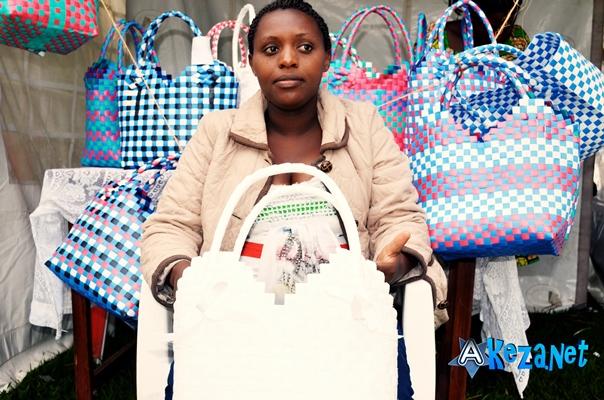 Mme Gaudence , présidente de l'Association Umuco (www.akeza.net)