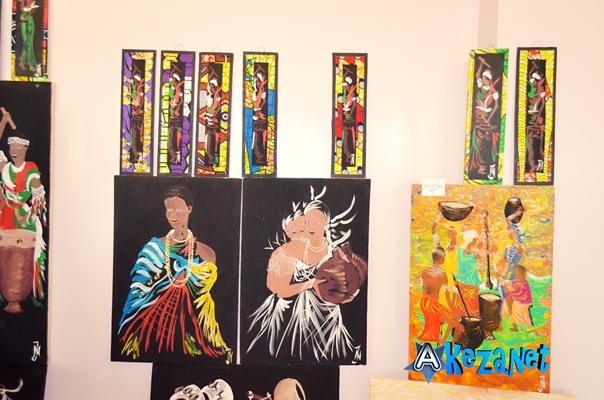 Des tableaux faits par Johny NIBIZI.(www .akeza.net)
