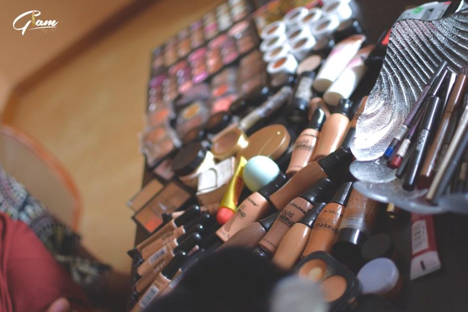 Matériel de maquillage pour Glam by MI © NIKONAMBASSUG