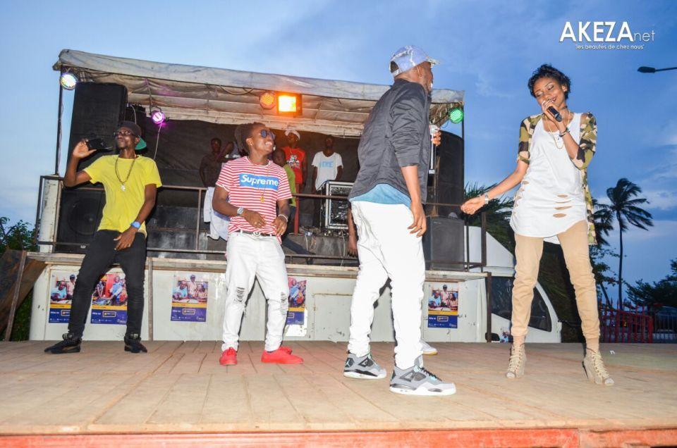 Chanteurs sur scène