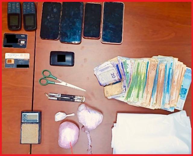 طنجة..بناء على معلومات الديستي توقيف شخص وسيدة للاشتباه في تورطهما في قضية تتعلق بحيازة وترويج المخدرات والمؤثرات العقلية
