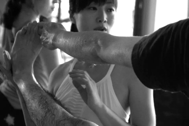 Akiko_Tsugawa_ashtanga-yoga_teaching_002