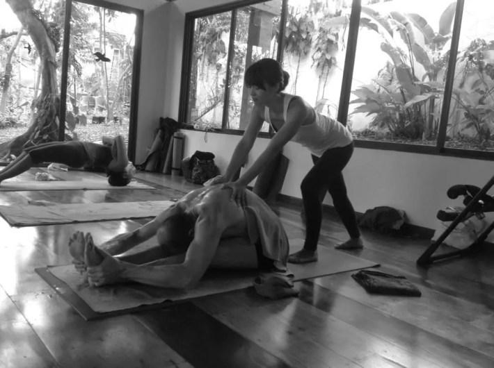 Akiko_Tsugawa_ashtanga-yoga_teaching_006