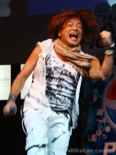 hironobu-kageyama-tgs09-live-in-thailand-10