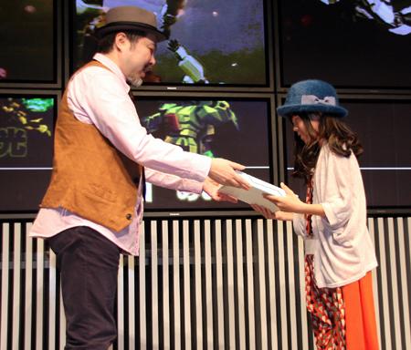 10-year-old-girl-win-japan-gunpla-builder-world-cup-2013-junior-division-04